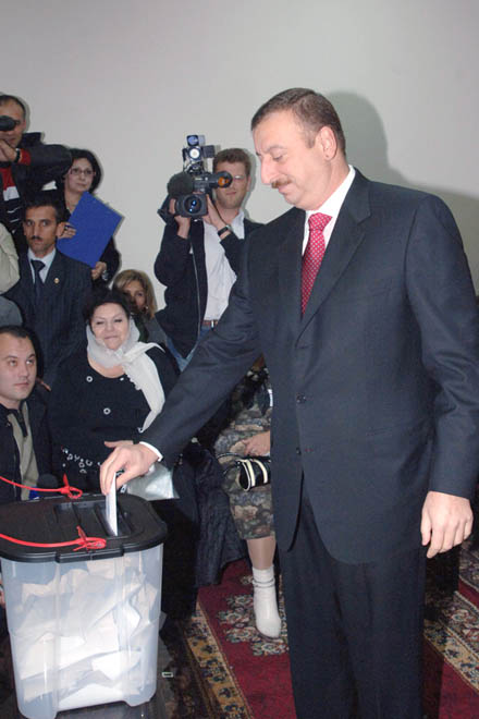 Azerbaijani President voices his hope to see transparent, fair elections