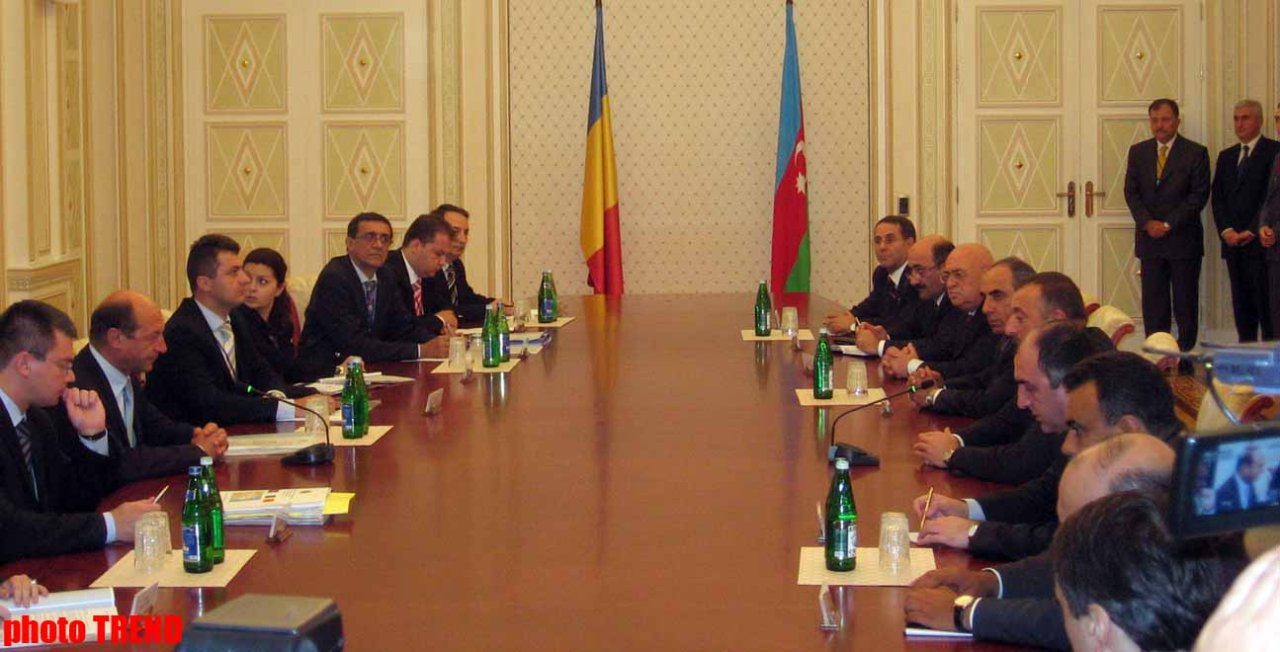 Romania is Especially Interested in Strengthening Relations with Azerbaijan  Romanian President