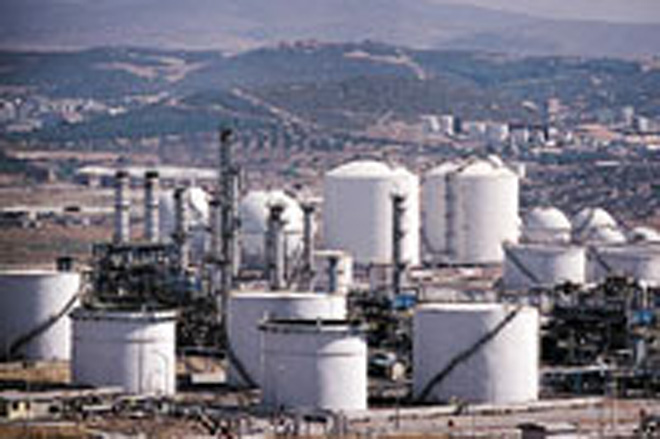 Baku Oil Refinery Temporarily Ceases Liquefied Gas Production