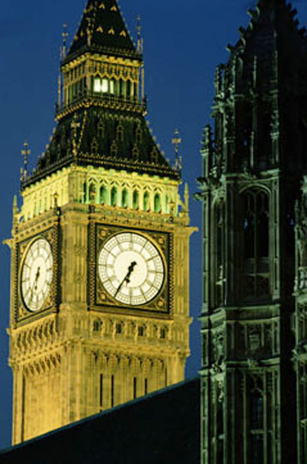 "Britain raises terror threat level to ""severe"""