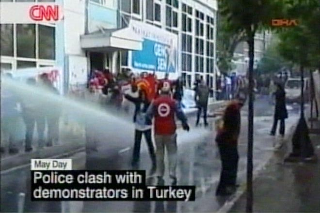 Turkey bans May Day rally in central Istanbul (video) - Gallery Image