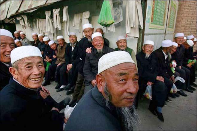 Xinjiang police seize 94 fugitives after July 5 violence