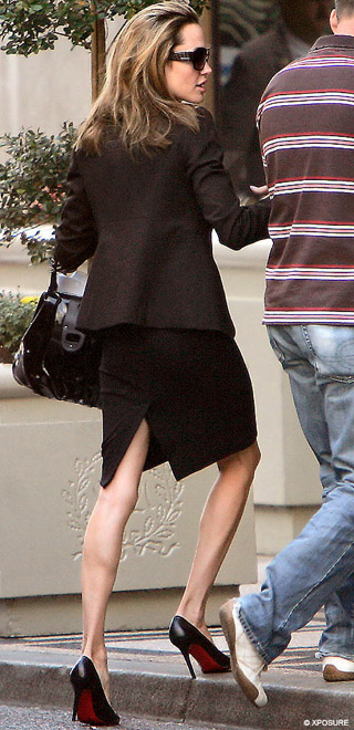 Angelina steps out, looking skinnier than ever