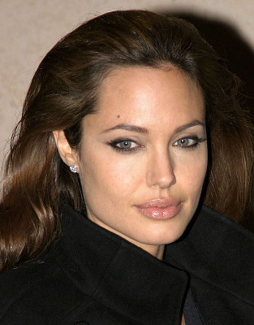 Angelina Jolie honored for her philanthropic work