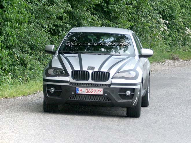 BMW X6 Barely Disguised Spy Pics - Gallery Image