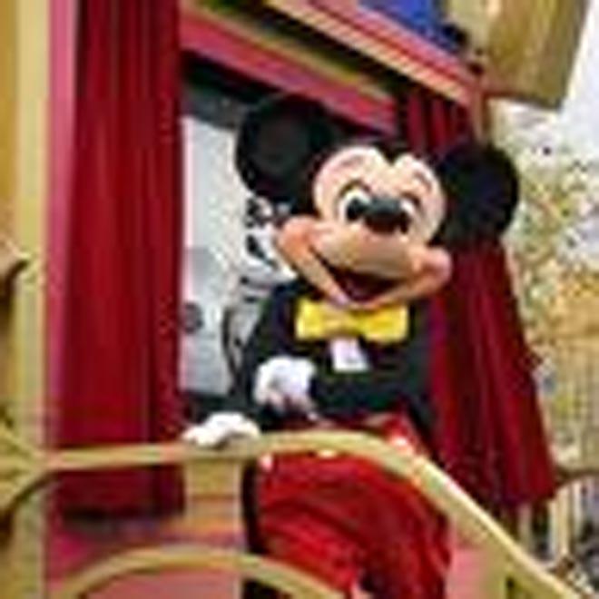"Disney World to create ""American Idol"" attraction"