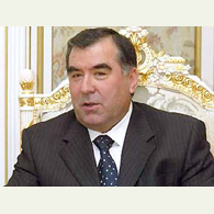 Tajik President criticizes scientists