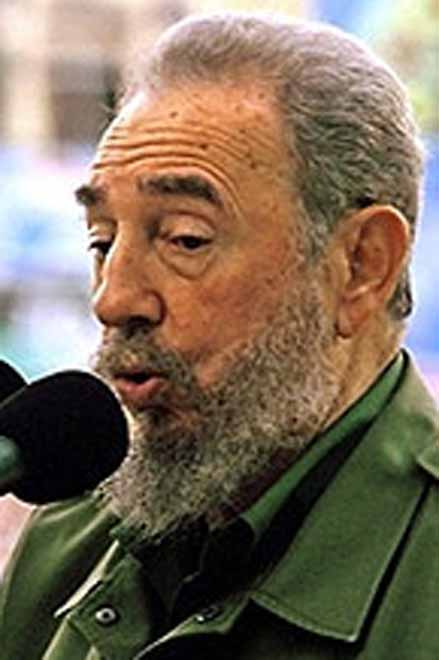 Fidel Castro appears in public for first time since 2006