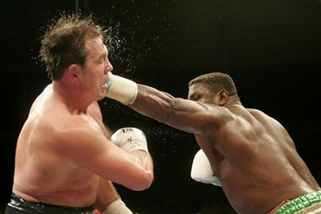 Peter stops  Maskaev  to win WBC heavyweight title