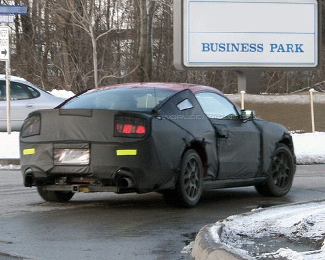 2010 Mustang GT Spied on the Road - Gallery Image