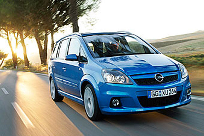 Opel   Zafira  makeover with three new engines