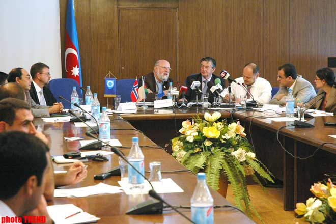 РћWEN MASTERS: FUNCTIONING OF MUNICIPALITIES OF AZERBAIJAN IS CONNECTED WITH CERTAIN PROBLEMS - Gallery Image