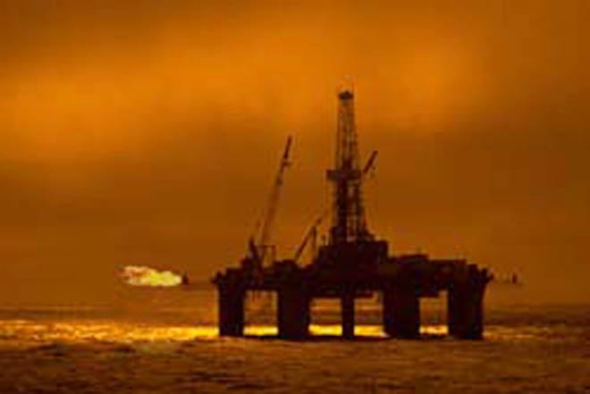Iran's jacket of platform drowns in Persian Gulf