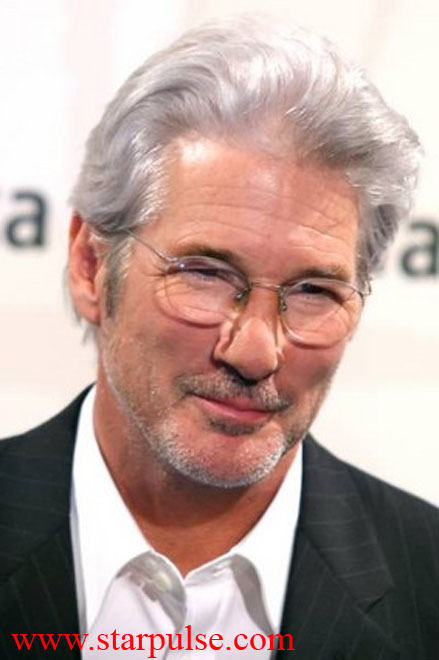 Court says OK for Gere to visit India