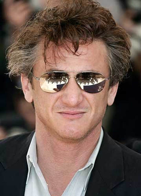 Sean Penn 'caught partying with Russian girls'