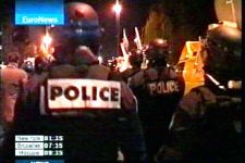 Youths riot for 3rd night outside   Paris(video) - Gallery Thumbnail