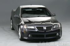 Pontiac G8 Sport Truck Unleashed - Gallery Thumbnail