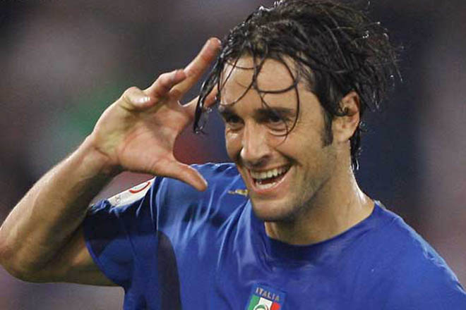 Italy complete great escape from Group C to semifinal