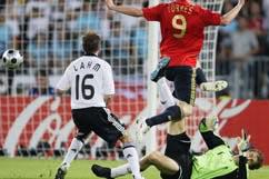 Испанцы стали чемпионами Европы по футболу (фотосессия) - Gallery Image