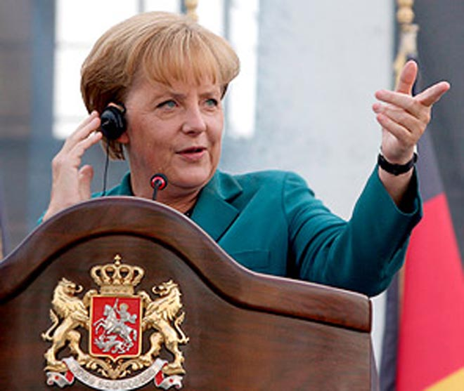 Merkel makes her point as euro states agree to Greek plan