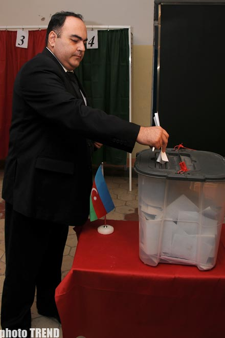 Azerbaijani opposition party identifies candidates through internal elections
