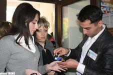 Azerbaijani Citizens Electing their  President: photo session - Gallery Thumbnail