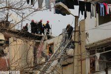 При взрыве в жилом доме в Баку как минимум трое людей погибло, шестеро – ранены - фотосессия - Gallery Thumbnail