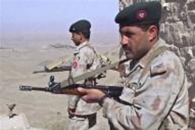 Militants kill five Pakistani troops