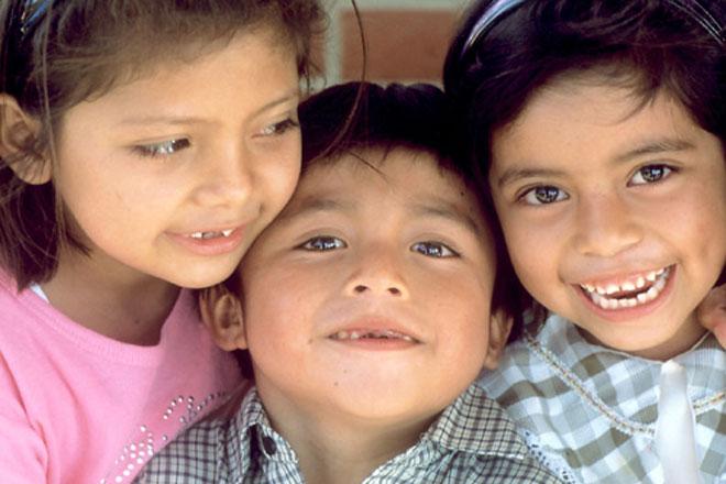 Азербайджанские дети поют взрослые песни
