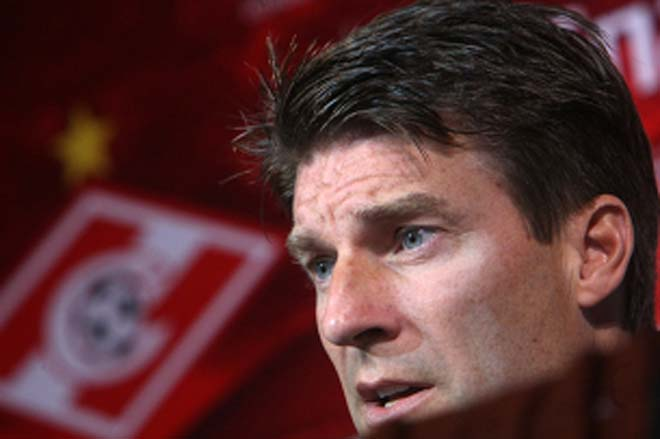 Karpin steps into Laudrup's shoes at Spartak