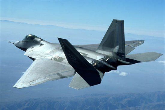 Senate votes to stop production of F-22 jet