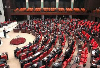 Turkish opposition prepares for protest against wearing hijab in parliament