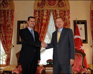 Turkish PM talks to Syrian President on phone