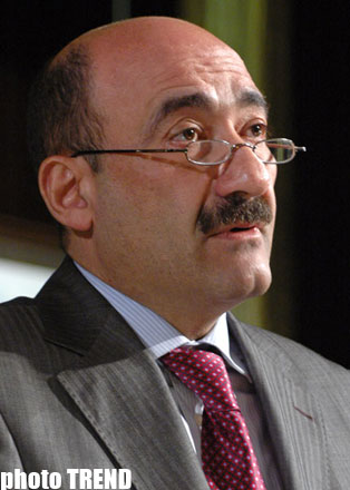 Minister: Tourist inflow in Azerbaijan jumps by 7% in 2010