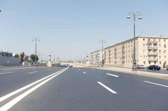 Движение автотранспорта на некоторых улицах и дорогах Баку будет приостановлено