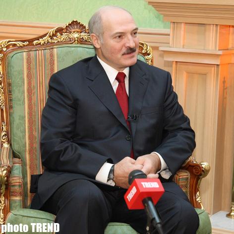 Потеря Беларуси для России будет невосполнимым ущербом - президент Лукашенко