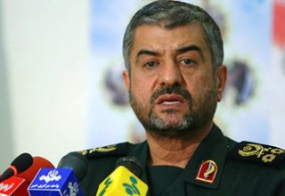 Khamenei appoints ex-IRGC commander as Baghiatallah base chief