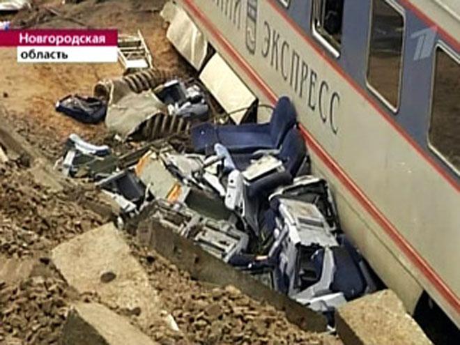India train collision leaves 25 dead