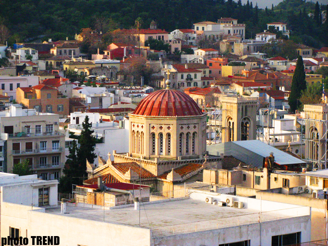 Greeks cannot afford to get married or divorced due to crisis