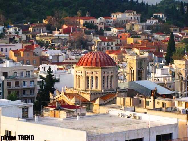 """Греция """"закрывается"""" на августовские каникулы, несмотря на кризис"""