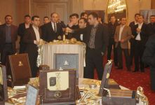 Такого Баку еще не видел! Супер золотая презентация DeLafée: Натаван Хабиби стала лицом компании (фотосессия) - Gallery Thumbnail