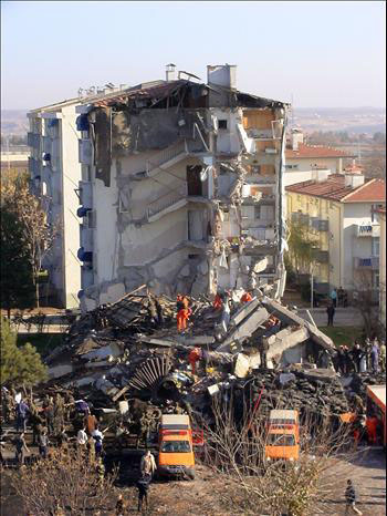 One killed, eight injured as building collapses in Beirut