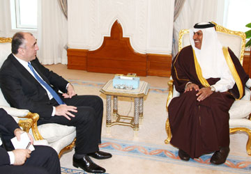 Azerbaijani FM meets with his Qatari counterpart