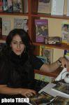 Роман азербайджанского писателя Эльхана Ханализаде привлек внимание профессионалов (фотосессия) - Gallery Thumbnail