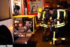 Пожар в жилом доме в центре Баку (фотосессия) - Gallery Thumbnail