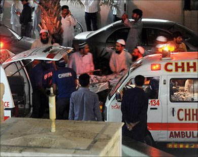 12 человек погибли при нападении боевиков на госпиталь в пакистанском Лахоре
