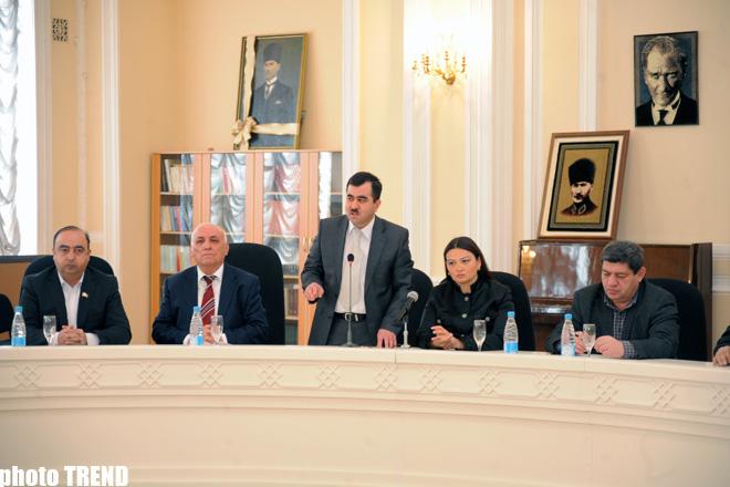 В Азербайджане состоялась презентация книги, разоблачающей геноцид, совершенный армянами (ФОТО) - Gallery Image