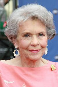 'As the World Turns' matriarch Helen Wagner dies at 91