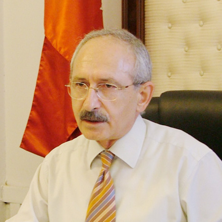 Kilicdaroglu nominates his candidacy for head of Turkish Republican People's Party