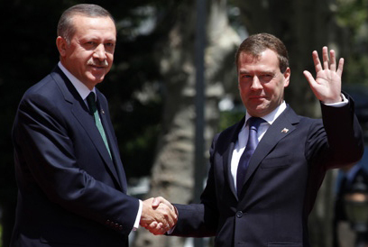 Medvedev tells Erdogan foreign interference not an option in Syria